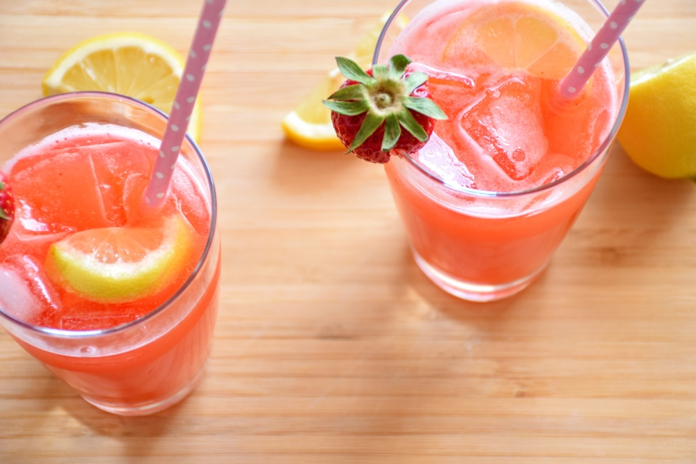 Grapefruit juice with orange and apples - Palm Spring small hotels - Keephumanity research